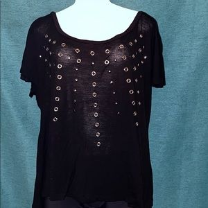 Black t-shirt with rivets size 3x